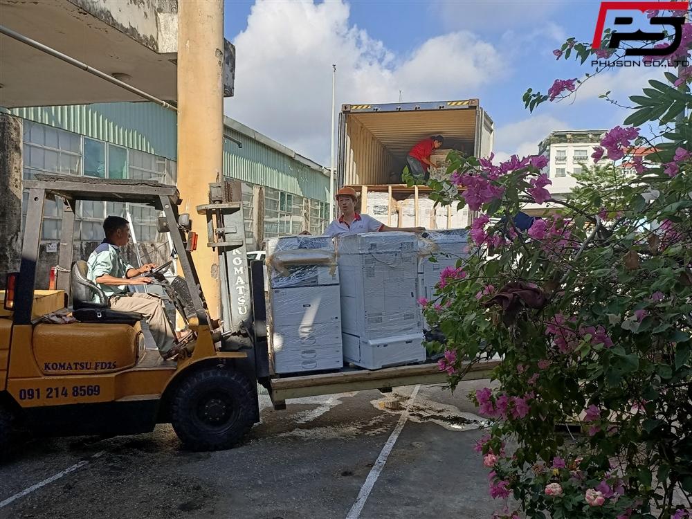 [UPDATE] Chuyến Container máy Photocopy về kho ngày 23/07/2020