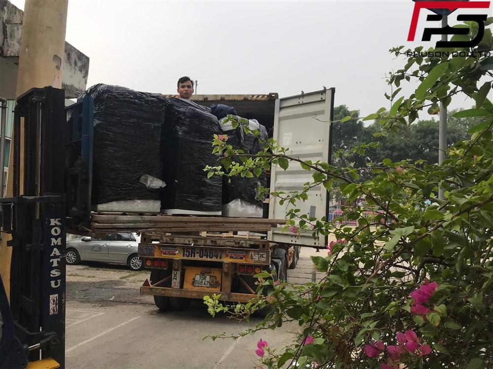 Chuyến container hàng đầu tiên về kho ngày 27/11/2019