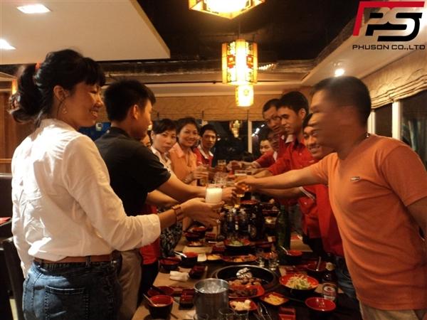 Phú Sơn tổ chức sinh nhật cho nhân viên trong Công ty